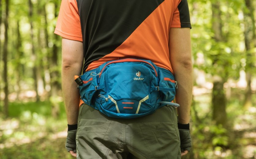 The deuter Pulse 1, 2 & 3 series hip packs. The perfect way to get out on the trail and enjoy your bike while taking everything you need with you. Avialable at bike-components.de.