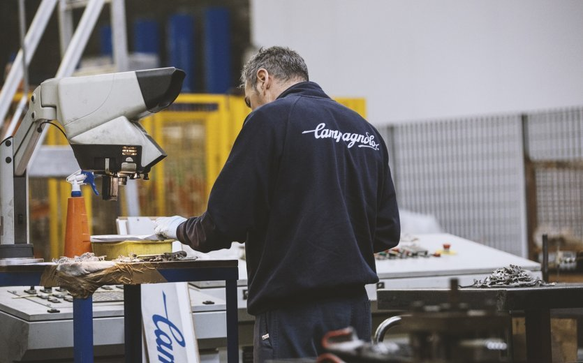 bike-components visits Campagnolo in Italy.